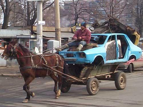 http://charlotteauvolant.h.c.f.unblog.fr/files/2009/06/serbie.jpg